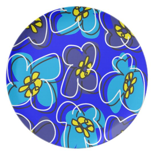 Dogwood Retro Plate in Mysterious  Blue/White