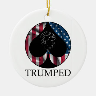 Donald Trump Spade Trumped Round Ceramic Ornament