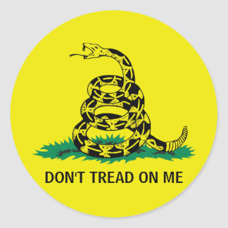 DON'T TREAD ON ME ROUND STICKER
