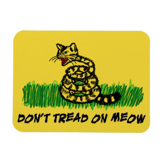 Don't Tread on Meow Magnet
