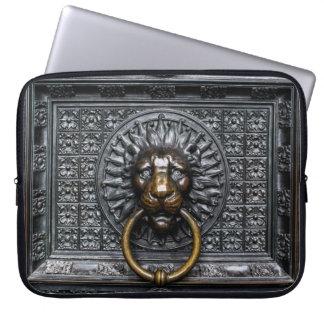 Doorknocker Lion - Black / Gold Laptop Sleeve