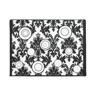 doormat black white with circles