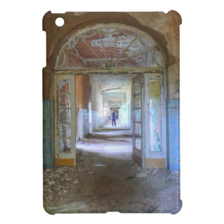 Doors and Corridors 03.0, Lost Places, Beelitz iPad Mini Case