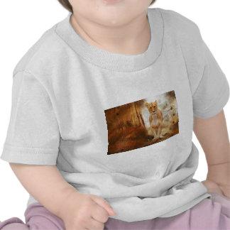 d'or sauvage félin animal de l'Afrique d'Africain T-shirt