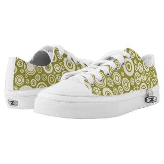 dot green shoes