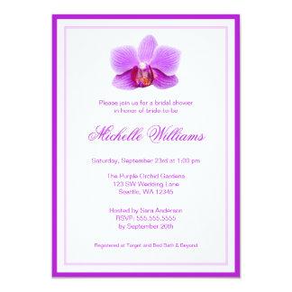 Douche nuptiale d'orchidée pourpre élégante carton d'invitation  12,7 cm x 17,78 cm