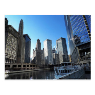 Downtown Chicago on the Chicago River Postcards