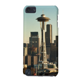 Downtown Seattle skyline and Space Needle iPod Touch (5th Generation) Case