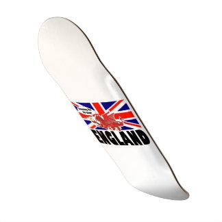 Dragon rouge de l'Angleterre dans le temps de thé Skateboard 21,6 Cm