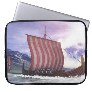 Drakkars - 3D render Laptop Sleeve
