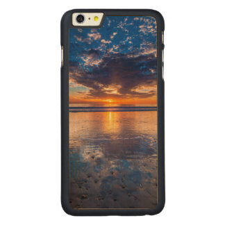 Dramatic seascape, sunset, CA Carved® Maple iPhone 6 Plus Case