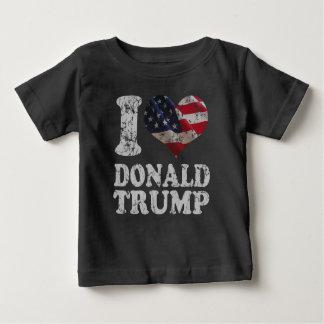 Drapeau américain Donald Trump du coeur I T-shirts