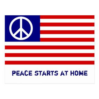 Drapeau américain et signe de paix carte postale