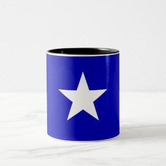 Drapeau bleu mignon tasse 2 couleurs