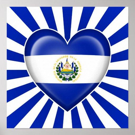 Drapeau de coeur du Salvador avec des rayons de Su Affiche