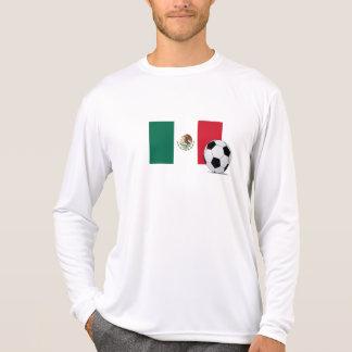 Drapeau du Mexique avec du ballon de football T-shirts