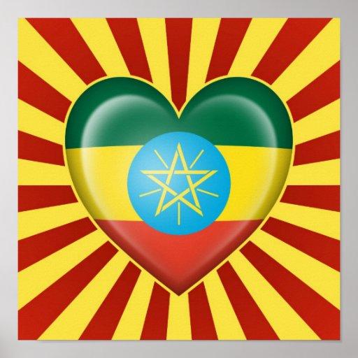 Drapeau éthiopien de coeur avec des rayons de Sun Posters