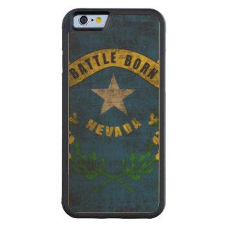 Drapeau grunge vintage d'état du Nevada Coque iPhone 6 Bumper En Érable