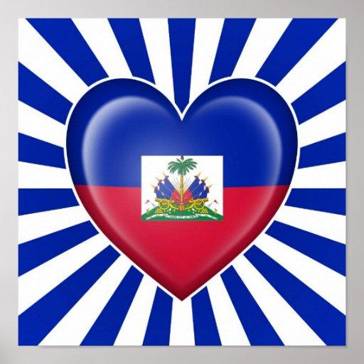 Drapeau haïtien de coeur avec des rayons de Sun Posters