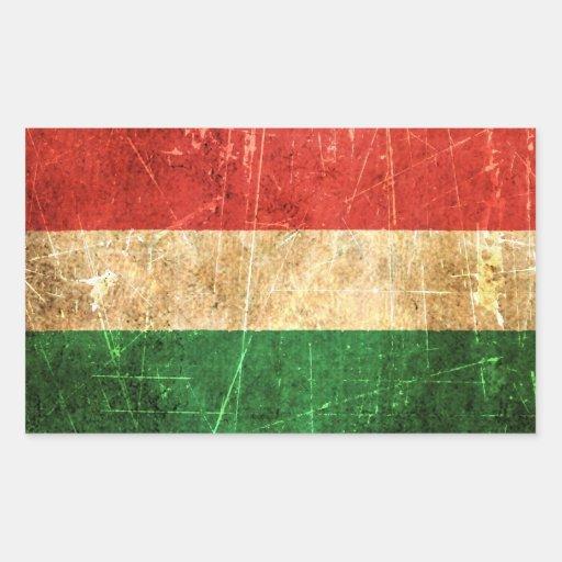 Drapeau hongrois vintage rayé et porté autocollant en rectangle