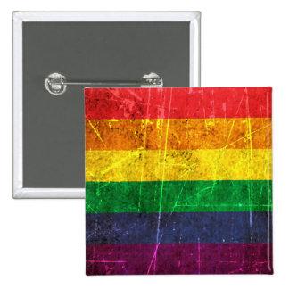 Drapeau vintage rayé et porté d'arc-en-ciel de gay macaron carré 5 cm