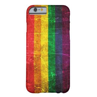 Drapeau vintage rayé et porté d'arc-en-ciel de gay coque iPhone 6 barely there