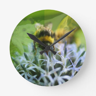 Dreams of the bee round clock