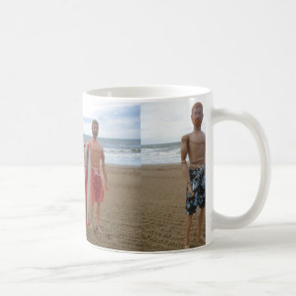 Drinking Mug with two Surfers