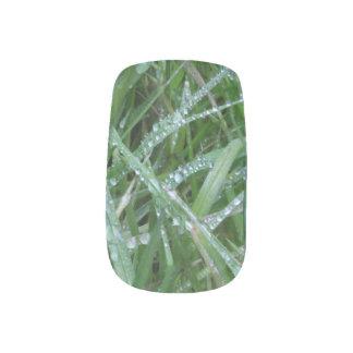 Drops Minx Nail Art
