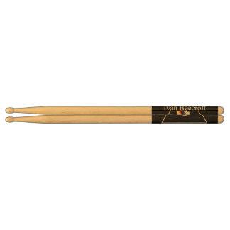 Drumsticks/Ivan Beecroft logo Drumsticks