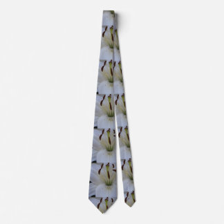 Dusted White Lily Tie