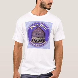 duus hotel T-Shirt