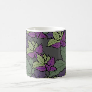 dwelled cup feminine style with leaves