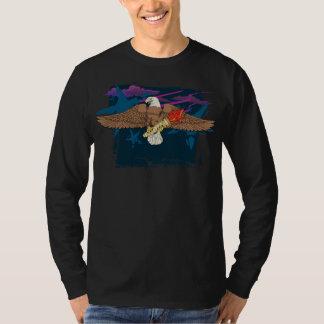 Eagle audacieux avec la torche éternelle #2 t-shirt