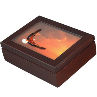 Eagle flying to the sun - 3D render Keepsake Box