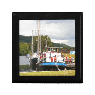 Eagle Inn pub barge, Scotland 2 Gift Box