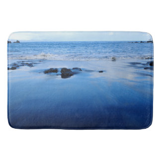 Ease vacation blue bath mat