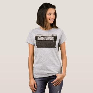 EAST CROSS - T-shirt
