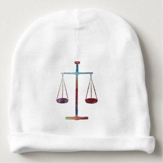 Échelles de justice bonnet pour bébé