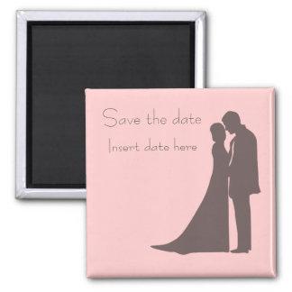 Économies de silhouette de jeunes mariés l'aimant magnet carré