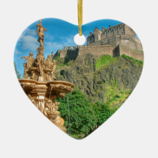 Edinburgh Castle 9082 Ceramic Heart Ornament