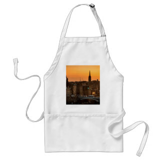 Edinburgh Skyline Sundown Standard Apron