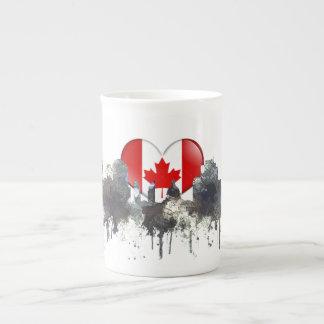 EDMONTON, ALBERTA, CANADA SKYLINE - TEA CUP