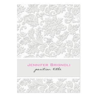 Effet de relief par damassés florales blanches ene carte de visite