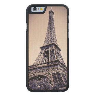 Eiffel tower, Paris, France Carved Maple iPhone 6 Case