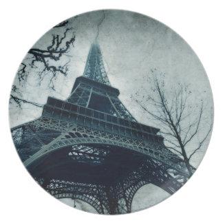 eiffel tower souvenirs plate