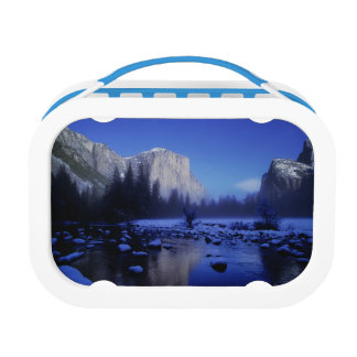 El Capitan Mountain, Yosemite National Park, Lunchbox