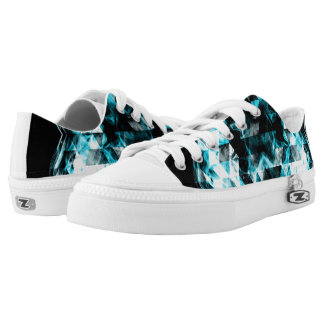 Electrifying blue sparkly triangle flames Low-Top sneakers