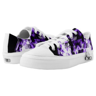 Electrifying ultra violet purple sparkly triangle Low-Top sneakers