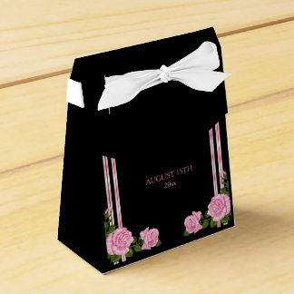 Elegant Chic Corner Rose Bouquet Wedding Favor Box